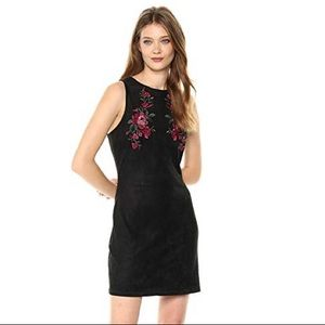 Cupcakes & Cashmere floral embroidered dress